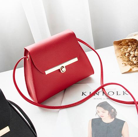 Louis Myanmar Girl Small Bag - Red